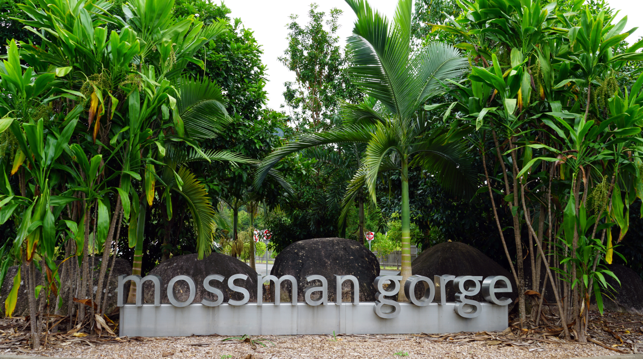 The sign outside Mossman Gorge